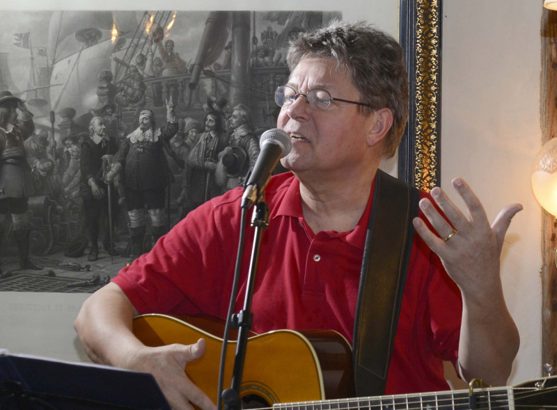 Erik Grip, sanger, musiker, komponist, forfatter.